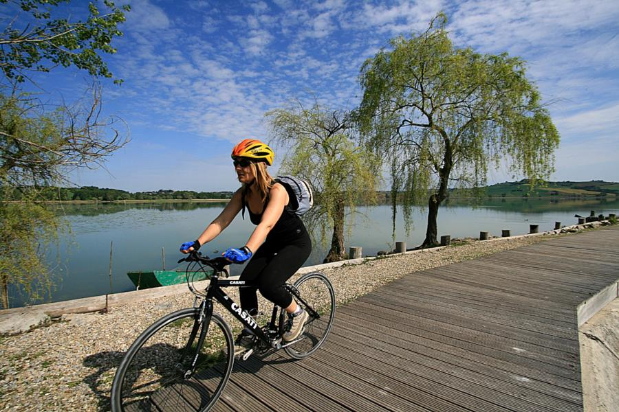 Lago di Chiusi by bike