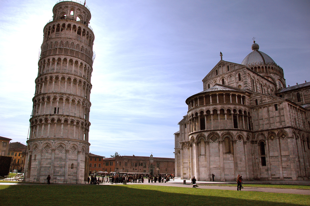 The Leaning Tower of Pisa [Photo Credits: McPig]