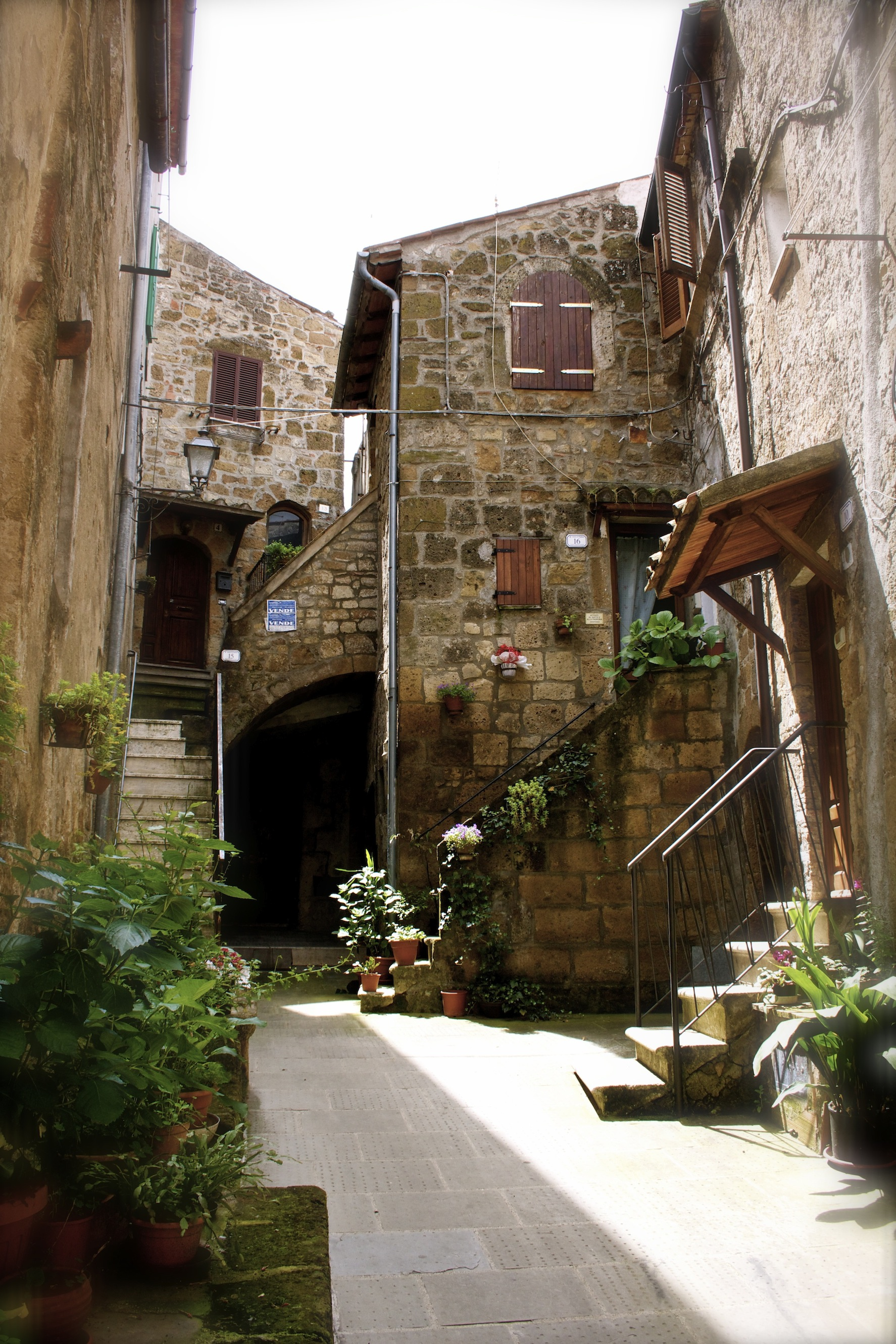 A street of Pitigliano [Photo Credits: Serena Puosi - Tuscany Social Media Team]