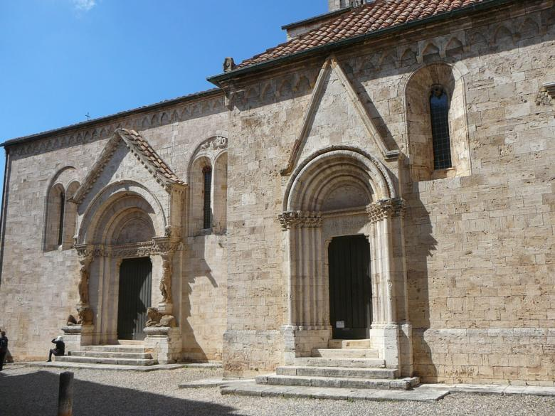 The two side portals on the collegiate church