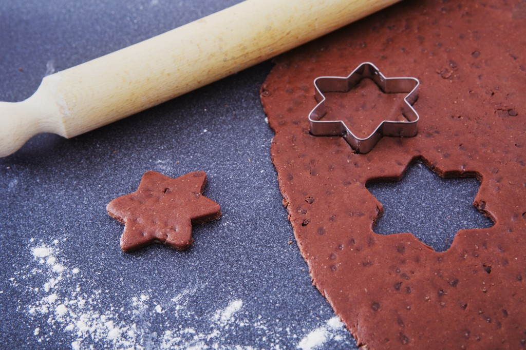 Making chocolate and cinnamon vegan biscuits