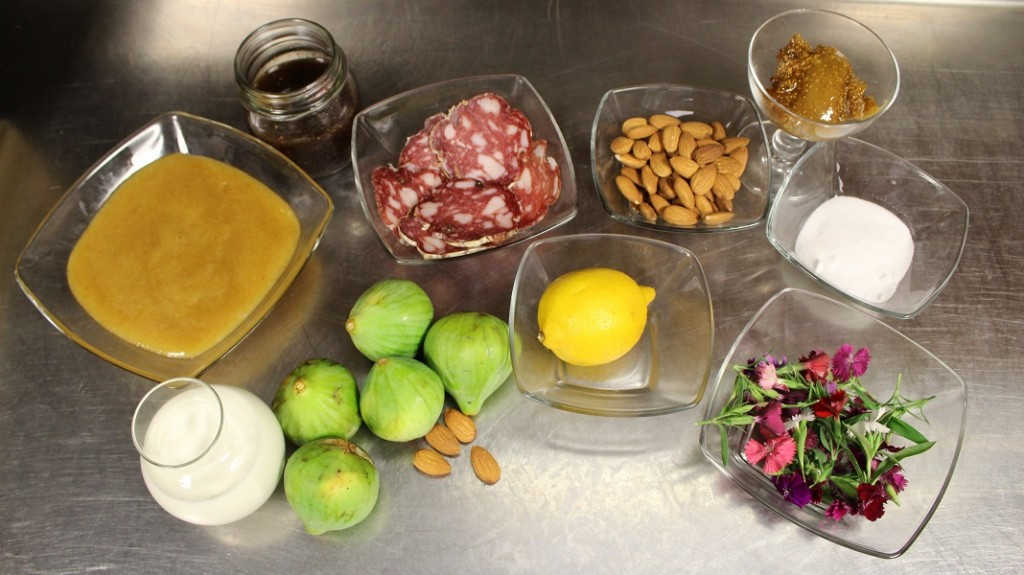 Light mousse with figs, almonds, Tuscan salami and flowers - the ingredients