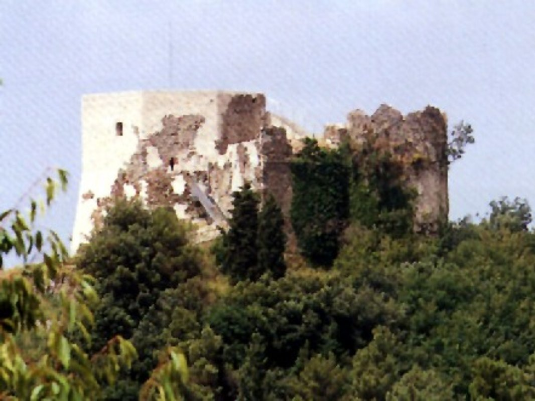 Castello Arghinolfi a Montignoso