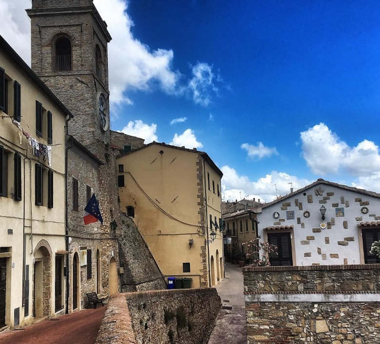 8 fascinating hamlets near pisa visit tuscany - St scale cecina ...