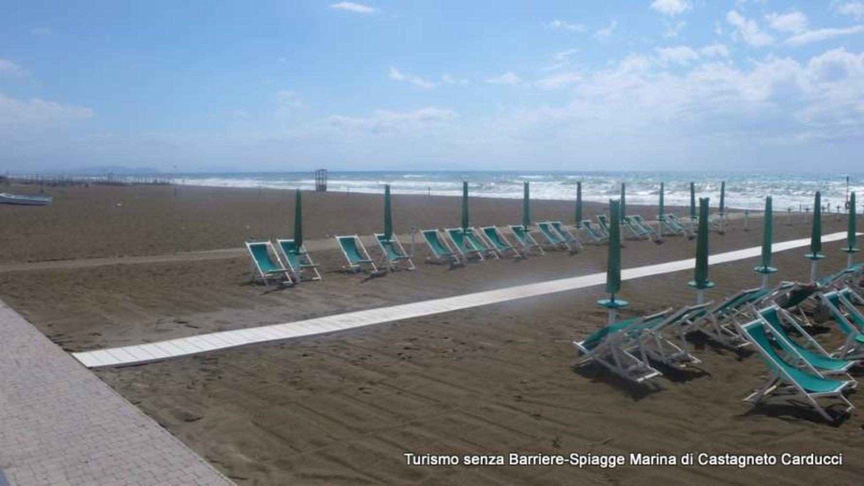 Bagno Balena Marina Di Pisa : Spiagge accessibili in versilia e costa etrusca visit tuscany