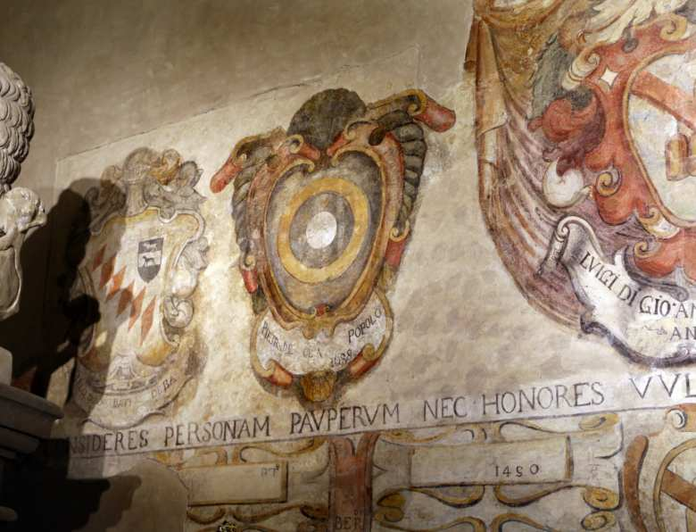 The coats of arms inside Palazzo di Arnolfo