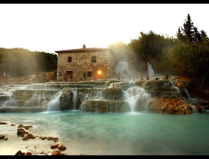 Free thermal baths in Saturnia