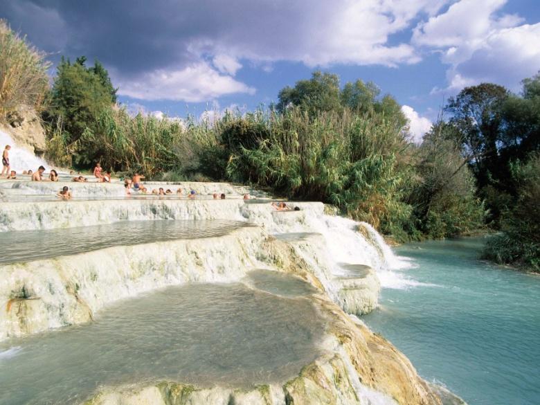 Le cascate naturali della toscana le migliori oasi di bellezza visit tuscany - Cascate in italia dove fare il bagno ...