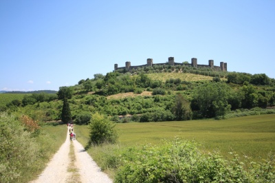 Walking towards Monteriggioni